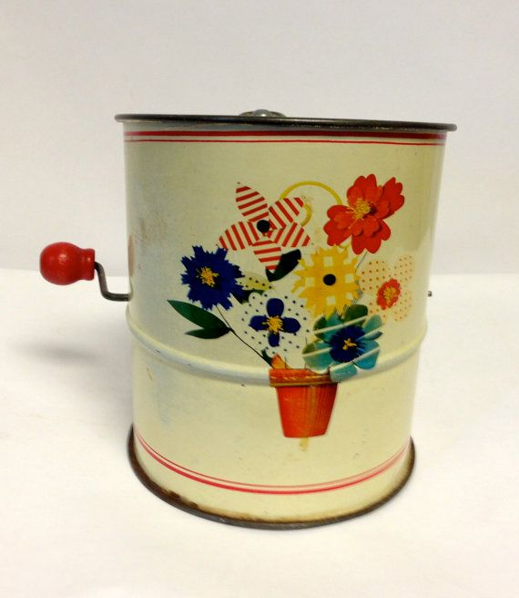 Vintage Kitchen Goods: 288 Best Images About Vintage Flour Sifters On Pinterest