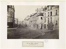 Rue des Fossés Saint-Marcel, aujourd'hui rue de l'Estrapade (de la rue du Cendrier, aujourd'hui rue Oudry). Paris (Vème arr.), vers 1865. Photographie de Charles Marville (1813-1879). Bibliothèque administrative de la Ville de Paris.