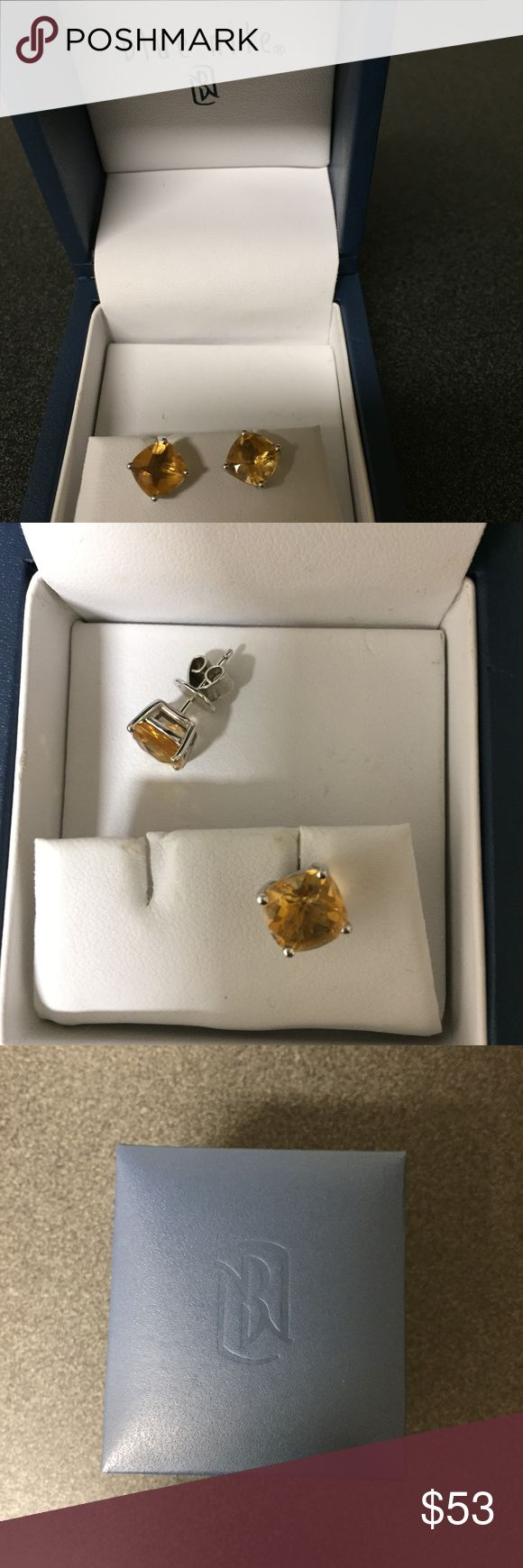 BLUE NILE Cushion Cut Silver Citrine Stud Earrings Blue Nile citrine stud earrings for pierced ears. Only worn a few times, and comes with the original box.      November birth stone     Cushion cut (slightly rounded square shape)     Four-prong basket setting     Silver Blue Nile Jewelry Earrings