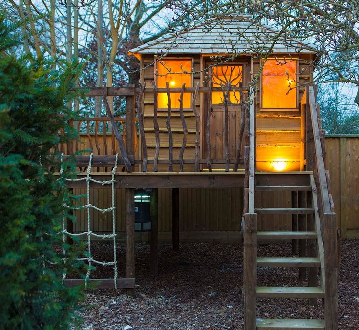 Cool little tikes playhouse in garage and shed rustic with - Cabane de jardin enfant bois ...