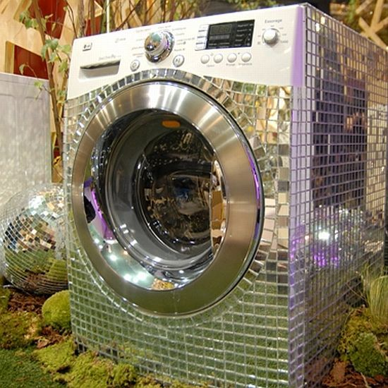 Goes to show you... Bling can make anything fabulous...even laundry!!!