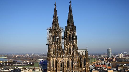 Kölner Erzbistum: Drei Milliarden und ein Dom für 27 Euro