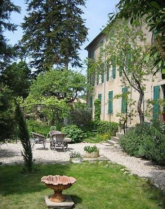Le trésor, une petite chambre d'hôtes au coeur d'un village des Corbières, à deux pas du lac de Montbel