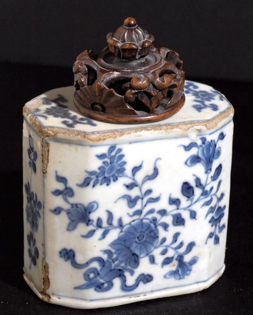 porcelain tea caddies | 1700s Chinese Porcelain Tea Caddy at Old-n-Rare.com