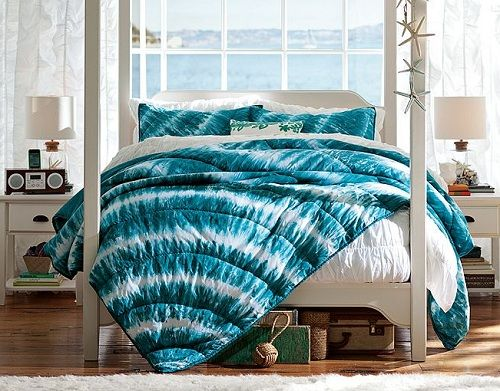 Girls Bedroom Ideas Using Blue Tie Dye Bedding Crafts