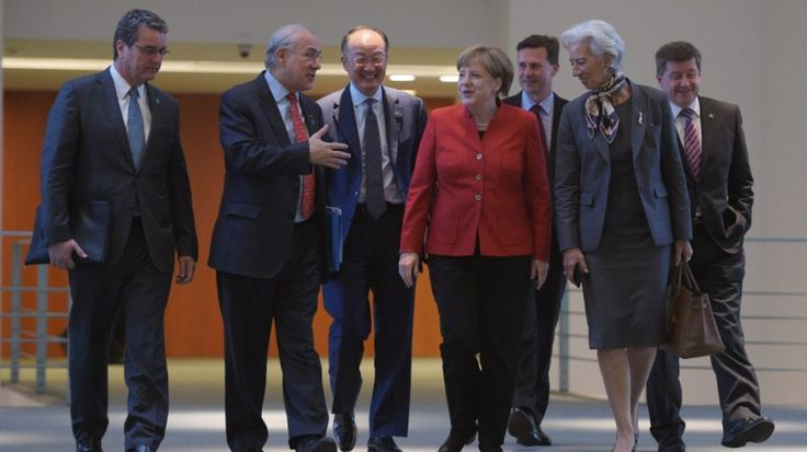 Ο ένας προειδοποιεί τον άλλον για το χρέος - Το σχέδιο του Μαξίμου: Oι θεσμοί επιστρέφουν στην Αθήνα για τον νέο γύρο διαπραγματεύσεων που…