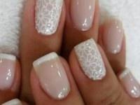 #Nailart #Matrimonio: trucchi e segreti per un perfetto #smalto da #sposa, #mani e #unghie da #cerimonia. > nail art bianca con pizzo