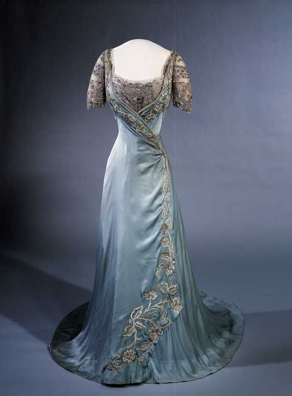 Fashion and Costume History | ephemeral-elegance: Evening Gown, ca. 1909 Worn...