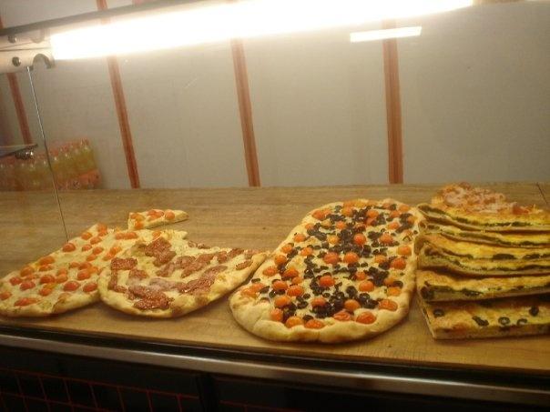 Pizza in #Rome