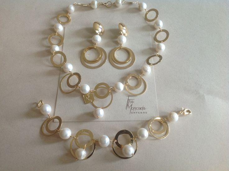 Collar, con perlas cultivadas y baño de oro