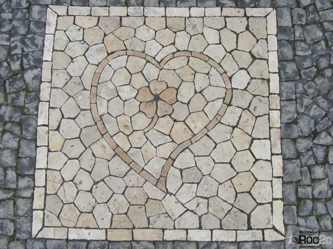 Roc2c Blog: Heart of stone Pavement Portuguese on the Square Empire in Lisbon.