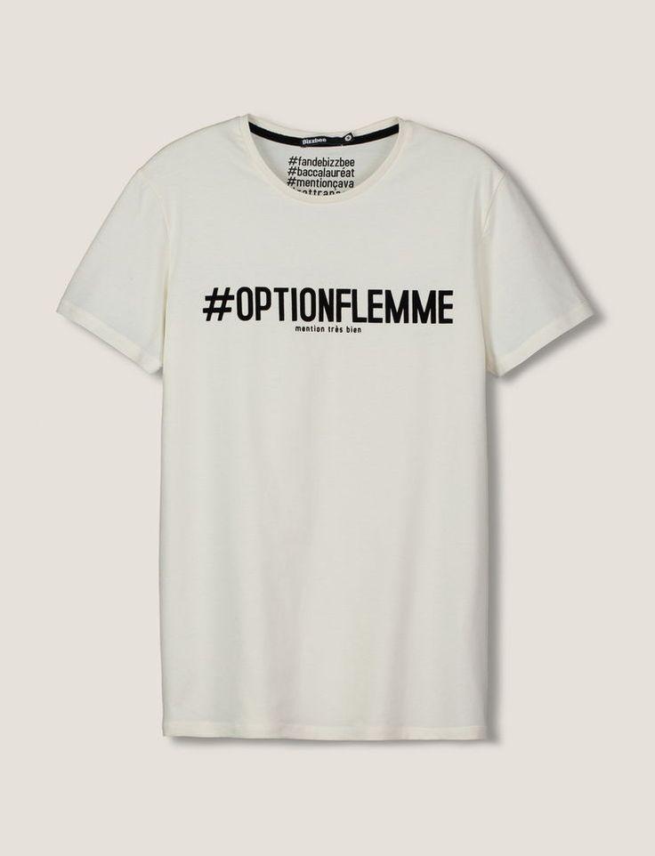 """T-shirt col rond, manches courtes. Imprimé typo message avec hashtag """""""