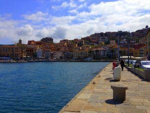 Porto Santo Stefano promenade. #maremma #tuscany #borghi #villages #mare #sea