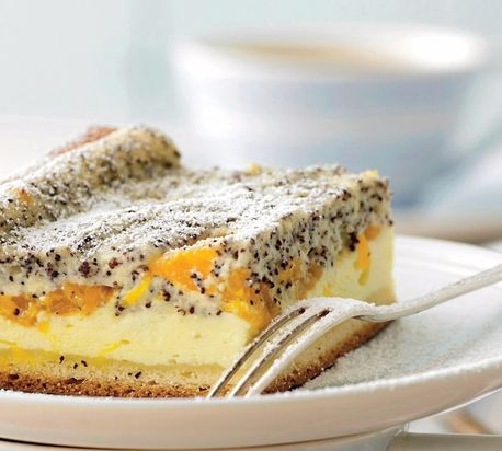 Tvarohový koláč s mandarínkami a makom