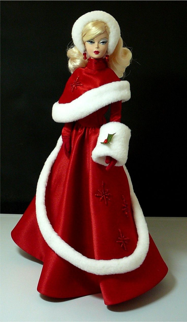 Barbie clothing to make.  Happy Holidays  -  Pinned 10-4-2015.