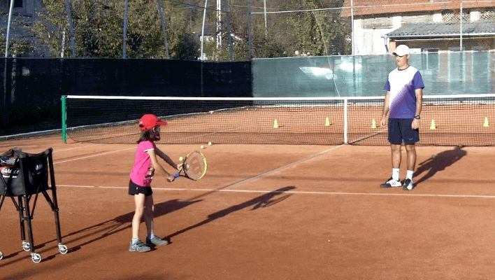 How to Teach Tennis to Children - My Daddy / My Coach (live tennis lessons)