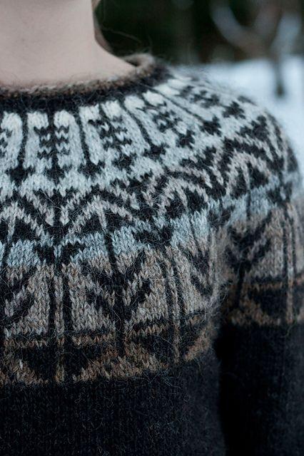 Traditional pattern with a new twist. Ravelry: litlaprjonabudin's Weatherman - Veðurfræðingurinn