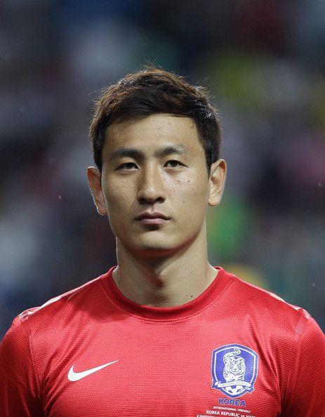 Ji+Dong+Won+South+Korea+v+Haiti+Dt8S_cMoEYWl.jpg (463×594)