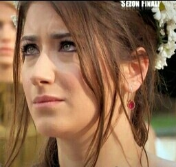 HAZAL KAYA HAIR & MAKEUP