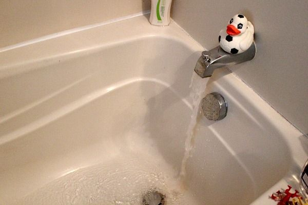 17 best ideas about unclog tub drain on pinterest diy drain cleaning clogged bathtub and. Black Bedroom Furniture Sets. Home Design Ideas