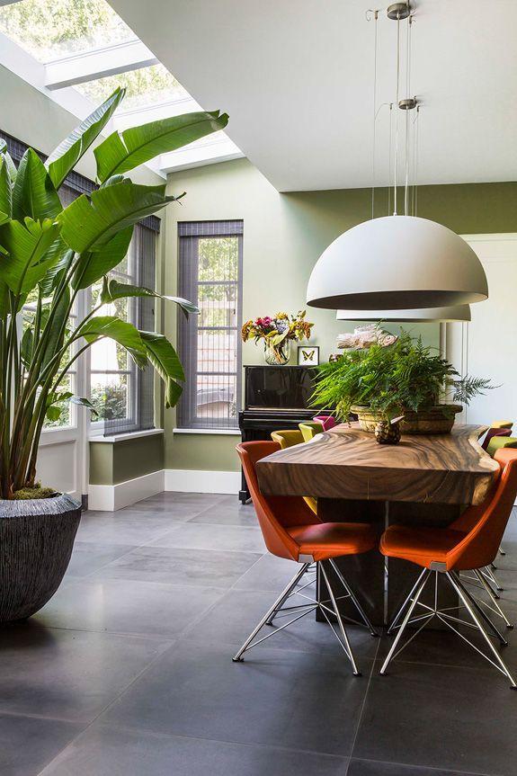 A villa with a tropical vibe | desiretoinspire.net | Bloglovin'