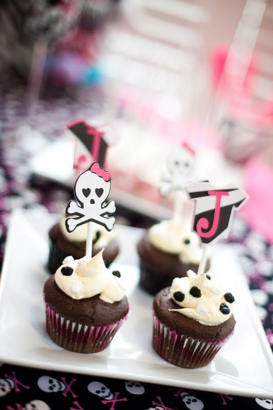 Homemade cupcakes with pink zebra print cupcake liners, buttercream frosting, skull sprinkles (found at JoAnns in the cake section!) and fun decorations on top for the baby shower (Photos by Mary Kate McKenna Photography)Cupcake Liners, Shower Photos, Pink Zebras, Homemade Cupcakes, Skull Sprinkles, Zebras Prints, Prints Cupcakes, Buttercream Frostings, Baby Shower
