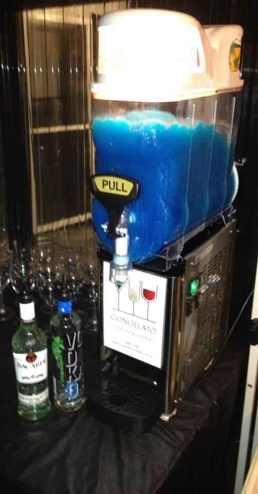 #cocktails #daiquiri #slushie #slushy #machine #congelato #frozen #blue #lagoon