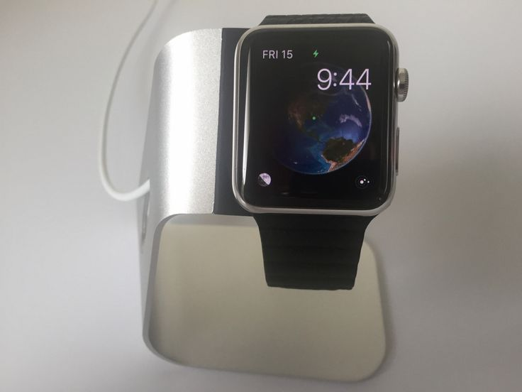 Review: Spigen Apple Watch Stand is a minimalistic charging dock at an affordable price