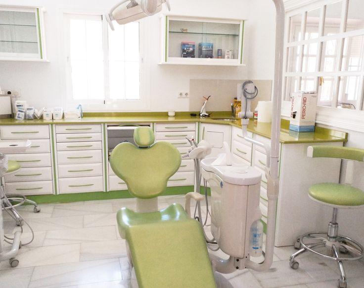 Clínica Dental Cervera, su clínica de confianza en Estepona. Tratamientos de Ortodoncia, Implantes, Cirugía Dental, Odontología General. #dentalclinic #dentalbox #dental #dentistry #dentist #clinicadental #box #gabinete #dentallogo