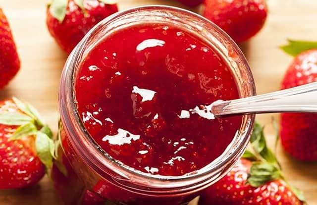 Φράουλα μαρμελάδα!! ~ ΜΑΓΕΙΡΙΚΗ ΚΑΙ ΣΥΝΤΑΓΕΣ