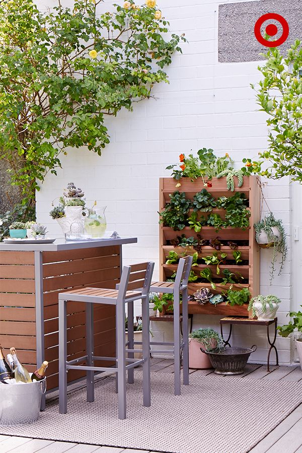 Turn Your Backyard Or Patio Into A Party This Summer Set