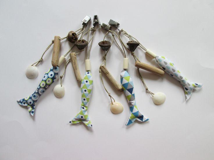 Poids de nappe forme poisson, bois flotté, perle bois et coquillage, graines d'eucalyptus + pochette de rangement - COMMANDE SPECIALE : Accessoires de maison par maskott