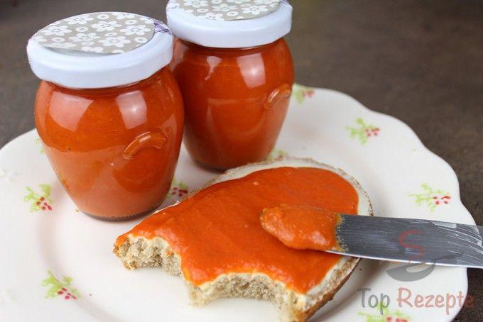 Selbstgemachter Paprika-Brotaufstrich, der süchtig macht | Top-Rezepte.de
