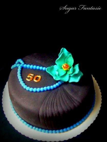 Sugar Fantasie -Torták és cukorvirágok: Elegáns fekete torta