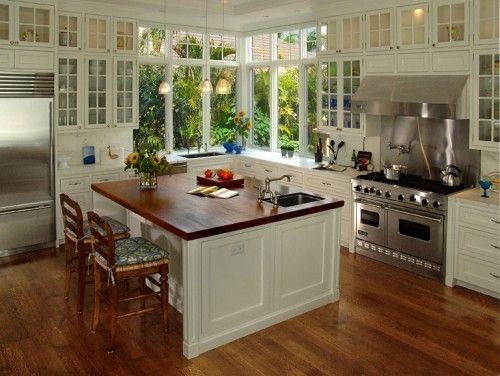 John McDonald Co.Beautiful Kitchens, Kitchens Windows, Decor Ideas, Dreams Kitchens, Corner Windows, Glasses Doors, Bermuda Kitchens, Kitchens Corner, White Kitchens