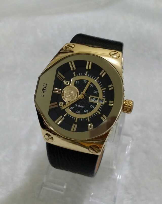 17 best images about diesel watch liestyle diesel dz9046 men s leather band stainless steel gold watch