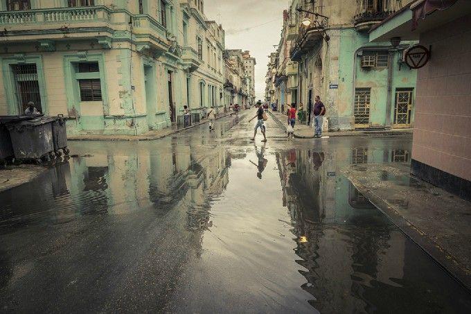 La Havane après la pluie: Photo by Photographer Mathieu Arsenault - photo.net