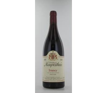 Domaine de Mauperthuis Irancy, 2009, rouge  gault : 17/20  Prix : € 9  Nez : Fruité, Boisé, Floral Bouche : Blanc puissant, onctueux Garde : Plus de 8 ans COMPOSITION 100 % Pinot noir #gault #Domaine #Mauperthuis #Irancy
