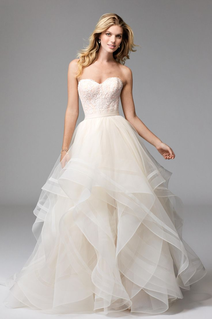 100 best Brautmode images on Pinterest | Wedding frocks, Homecoming ...