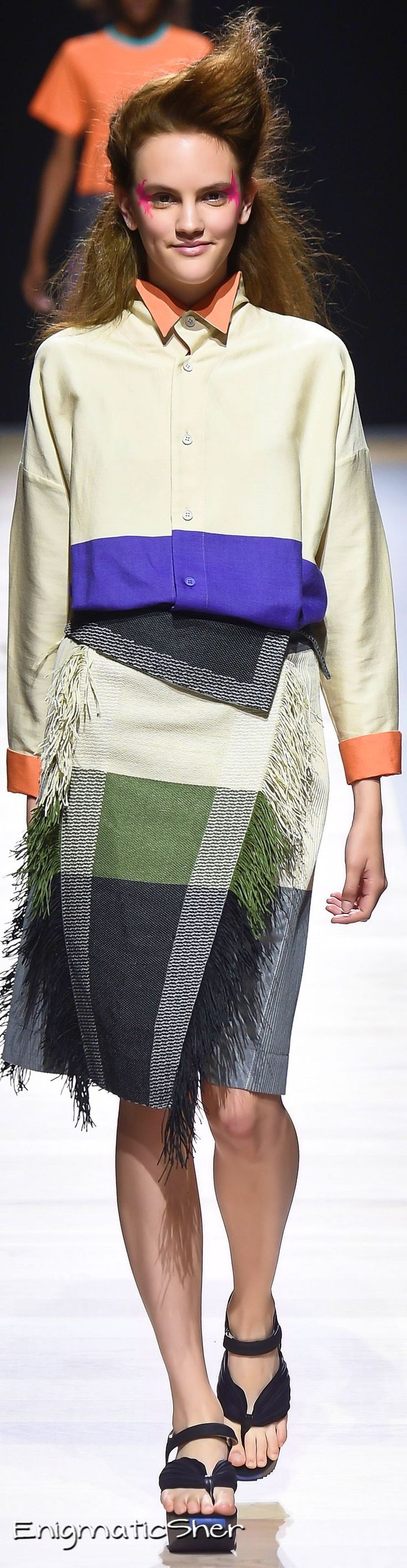 Issey Miyake Spring 2016 Ready-to-Wear