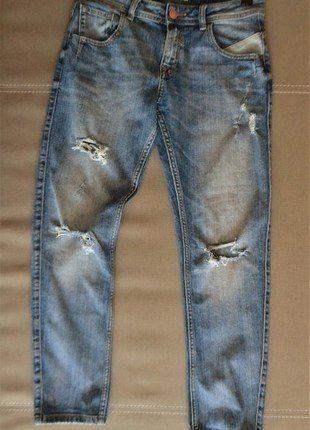 Kup mój przedmiot na #vintedpl http://www.vinted.pl/damska-odziez/dzinsy/15532944-dzinsy-34-dziury-przetarcia-zara