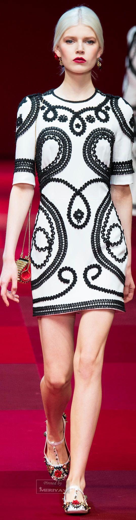 Dolce & Gabbana.Spring 2015. Always chic in black & white