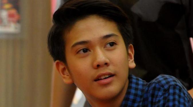 Iqbaal CJR Pamer Rambut Baru, Netizen: Lee Min Ho Indonesia Nih
