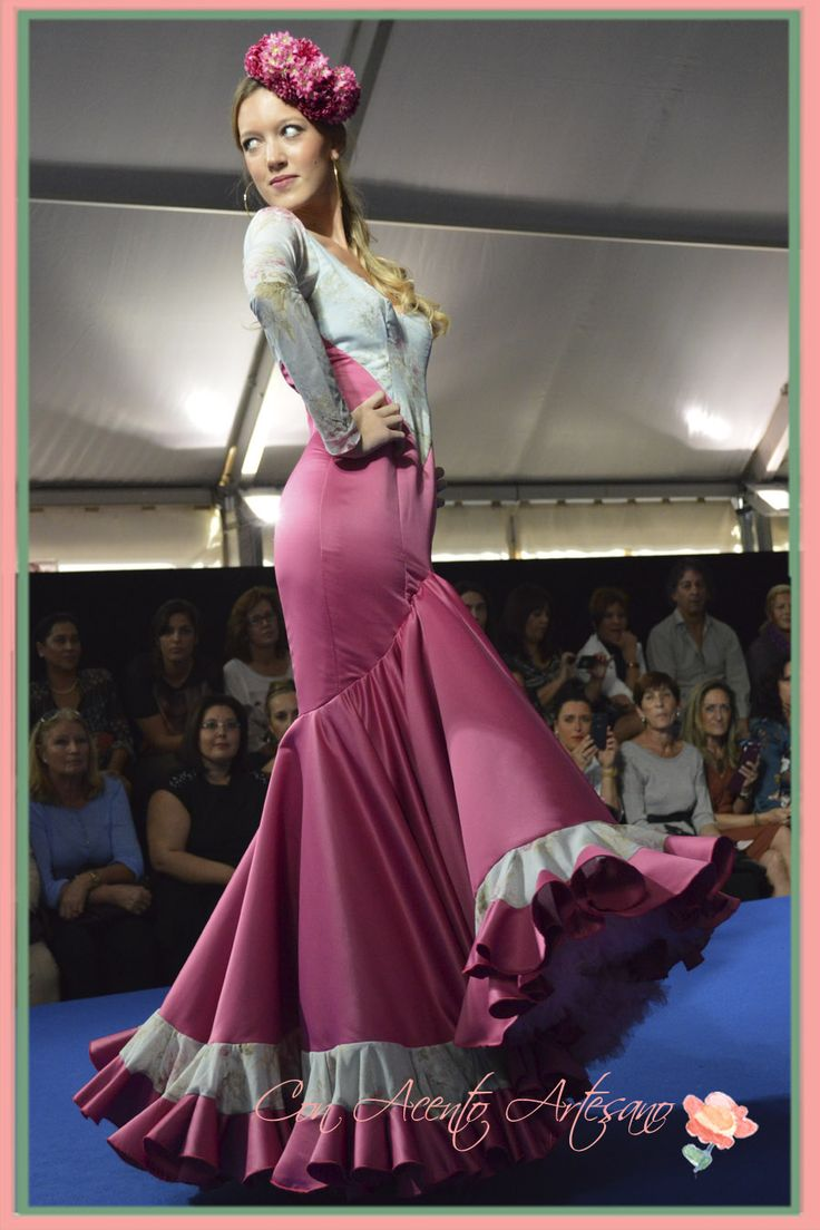 Esther Bel con vestido flamenca de Maria Amador