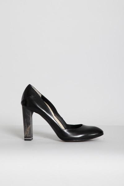 Totokaelo - Costume National - Wood Heel Pump - Black