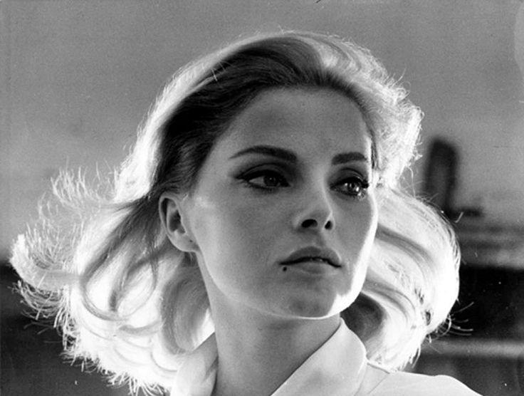 Tazio Secchiaroli, Virna Lisi, 1965