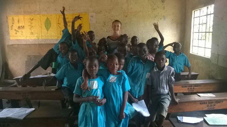Volunteer programs in beautiful Uganda with Love Volunteers!