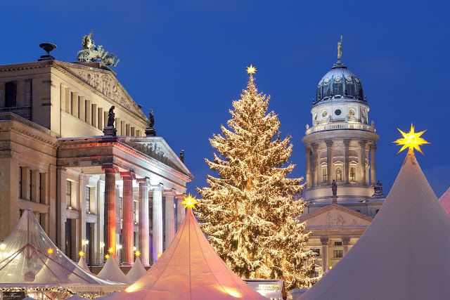 use soft tent colors - Domme French Cathedral in Berlin at Gendarmenmarkt.