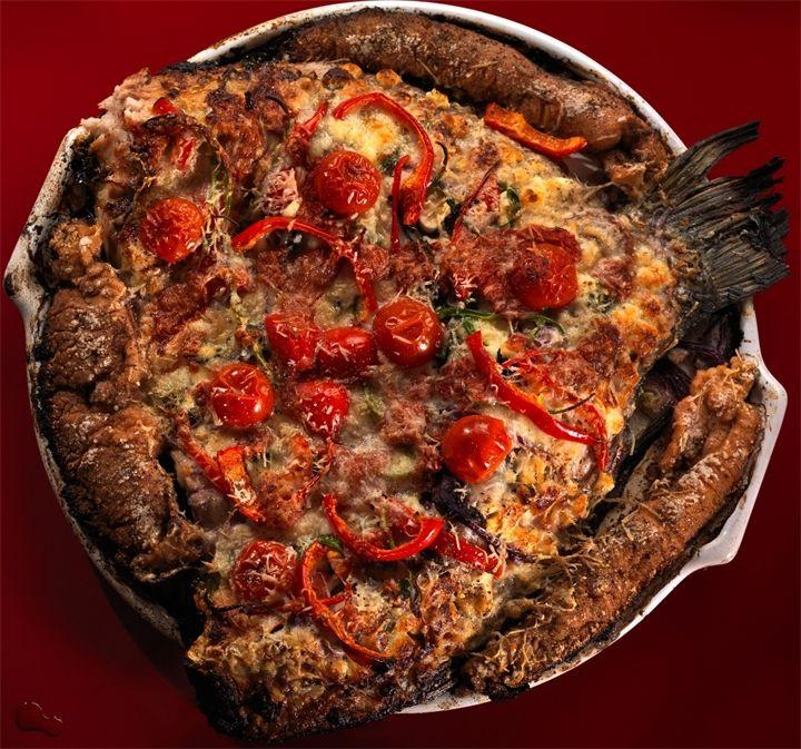 Рыба-пицца (шикарный рецепт) Рецепт, фото и комментарии Сталика Ханкишиева.Рыба-пицца (шикарный рецепт)Рыба-пицца (шикарный рецепт)Какой продукт главный в пицце? Томатный соус? Лук? Сыр? ....