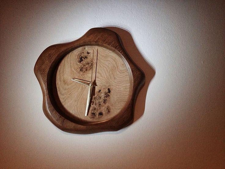 Choco drop clock